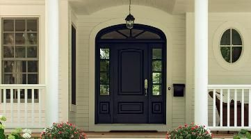 Front Door: Benjamin Moore seal black and Swiss coffee exterior #swisscoffeebenjaminmoore
