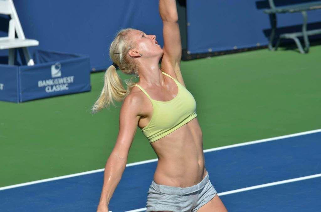 Caroline wozniacki et dominika cibulkova - 2 8