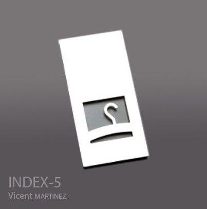 Plaque vestiaire, INDEX 5, Acier Inox,  Design Vicent MARTINEZ