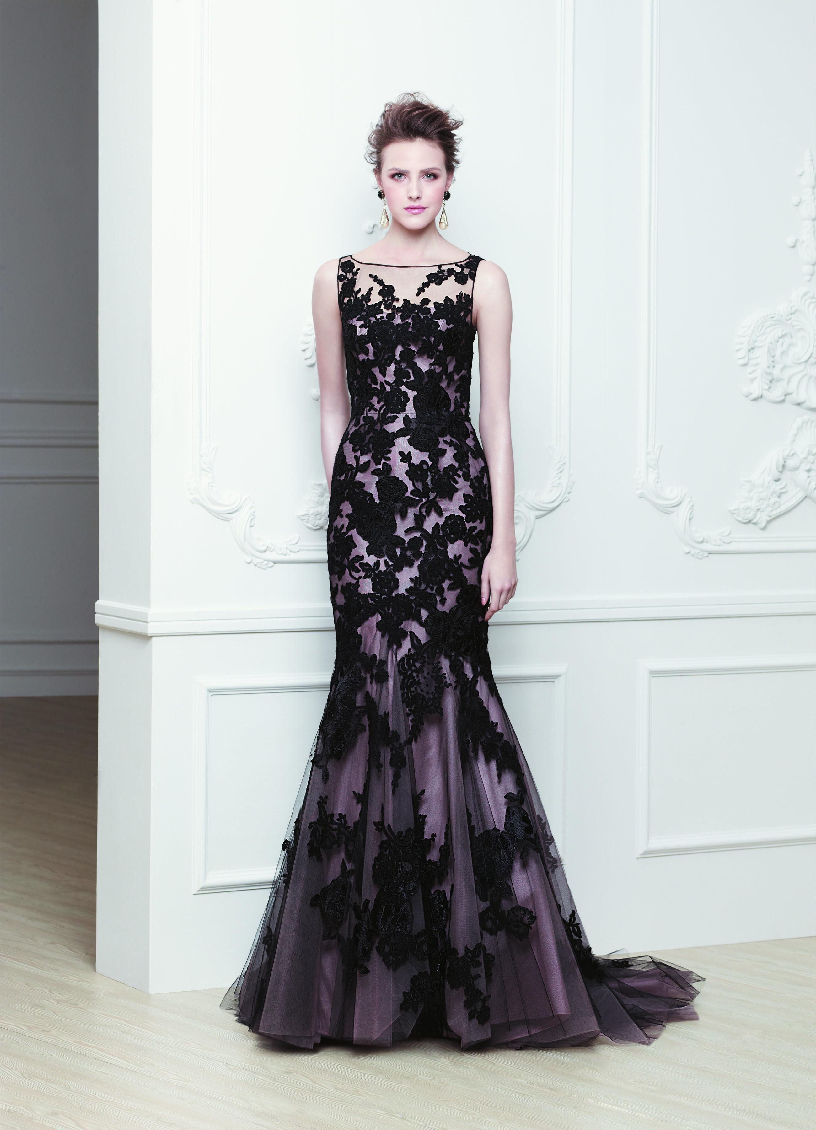Hier finden Sie Ihr Brautkleid - Abendkleid - Anzüge und mehr