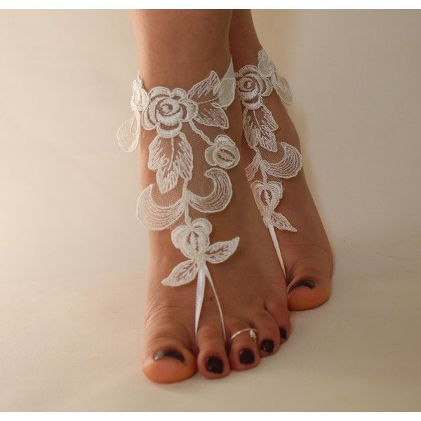 FREE SHİPP İvory Lace Beach Wedding Barefoot Sandals,Lace Shoes,Bridal... ($25) via Polyvore featuring shoes, sandals, bridal footwear, beach sandals, bridal shoes, summer sandals ve lace bridal shoes
