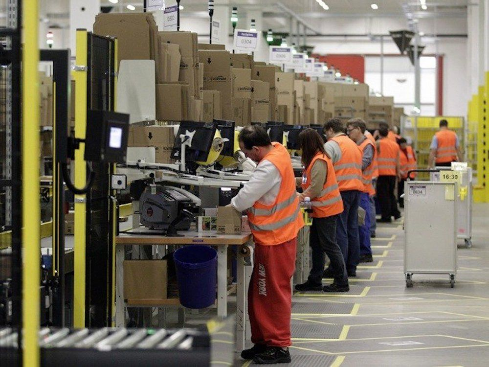 Amazon Shrugs Off Brexit With Plans To Hire 5 000 More Staff In
