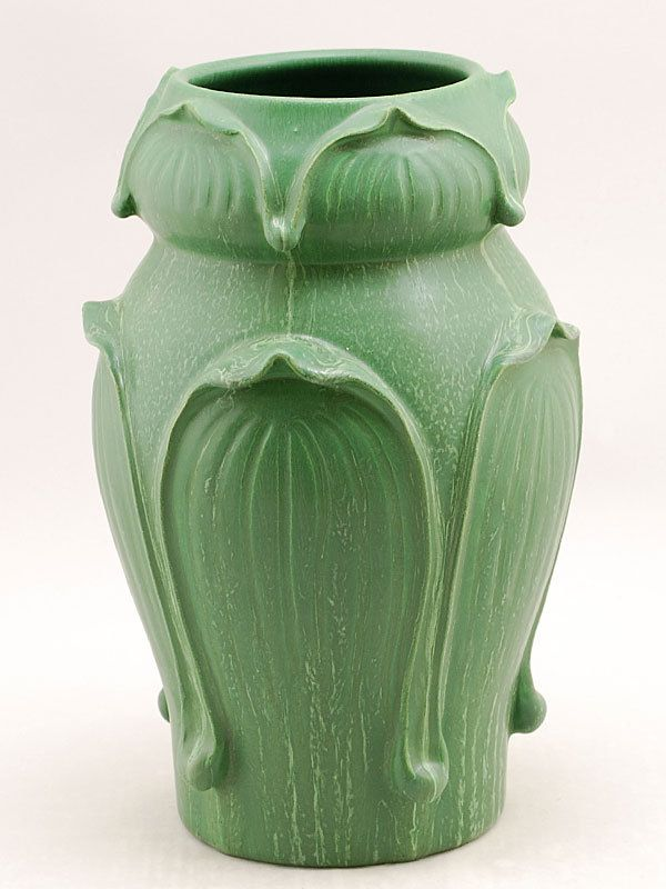 Retired Kendrick Vase in Cucumber Green - Door Pottery- Arts and Crafts Style - Handmade & Retired Kendrick Vase in Cucumber Green - Door Pottery- Arts and ... pezcame.com