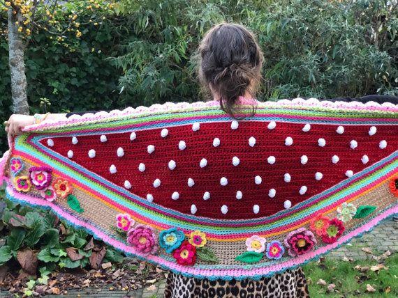 Gehaakte omslagdoek wrap crochet ibiza boho stola door