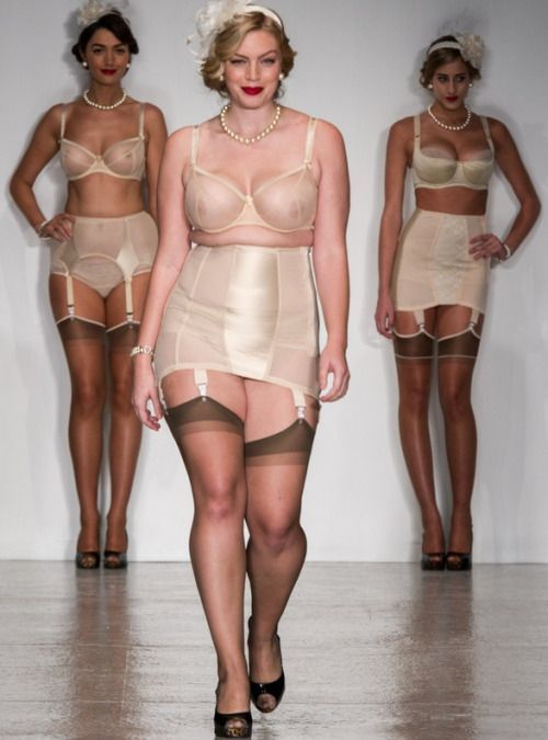 how to wear pantyhose with shapewear