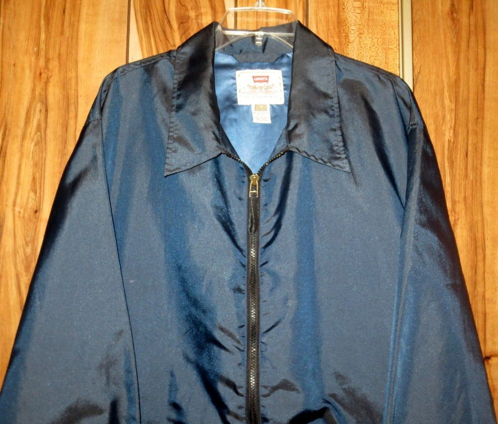 Vintage Men's Levi's Blue Windbreaker Jacket WPL-423 Size Medium #Levis #Windbreaker Now $12.87