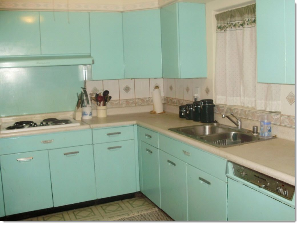 Vintage 1940s kitchen with popular aqua turquoise metal for Making old kitchen cabinets look modern