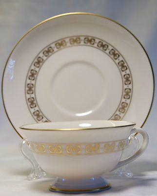 Vintage 1960s FRANCISCAN Masterpiece China SOMERSET CUP u0026 SAUCERS(s) $15.99 & Vintage 1960s FRANCISCAN Masterpiece China SOMERSET CUP u0026 SAUCERS(s ...