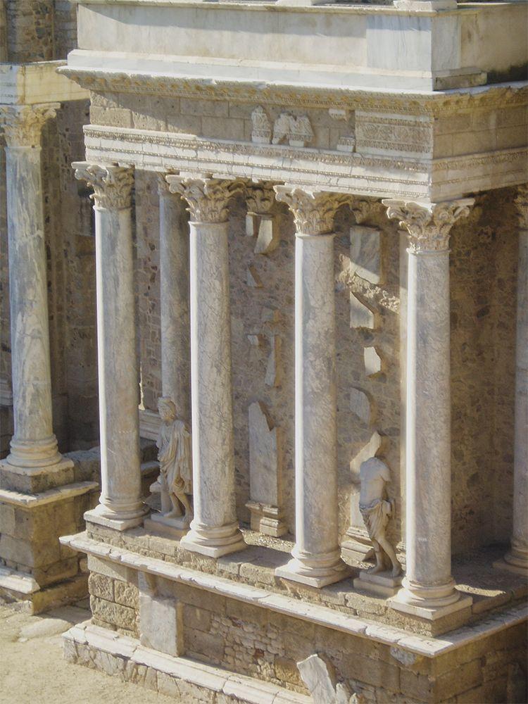 Mérida, columnas coliseo
