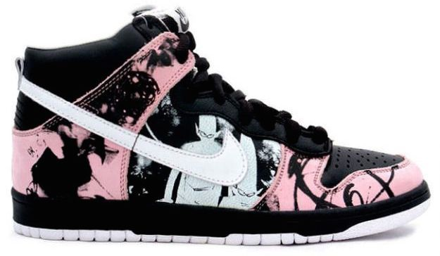 detailed look 0dd6b e468d Nike Dunk High Pro SB Unkle Dunkle Futura