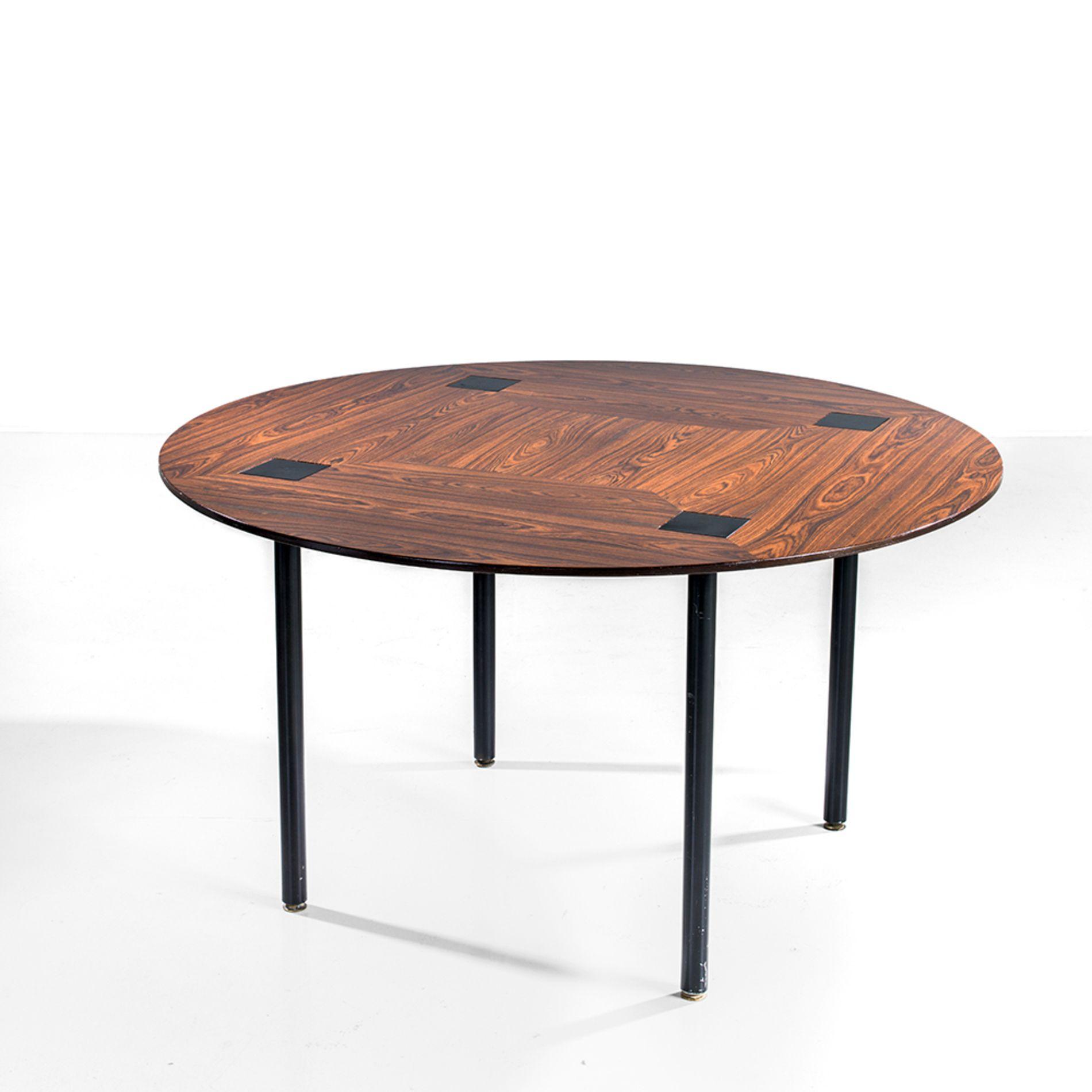 Ettore Sottsass 1917 2007 Table de salle  manger Bois et métal