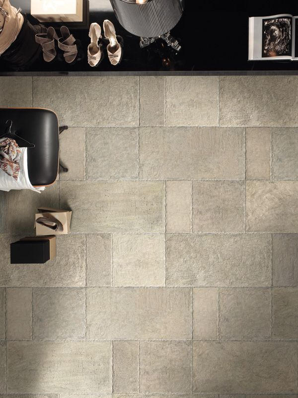 Contemporary cir manifatture ceramiche biarritz ecru for Piastrelle 40x40 da interno
