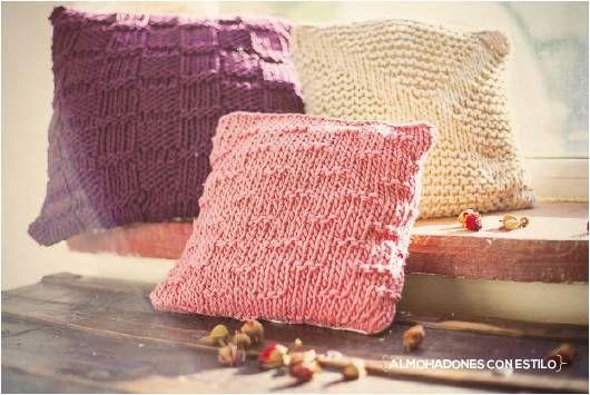 Confortables almohadones, tejidos en 3 diferentes formas. Cómodos y apropiados para realizar una linda decoración en tu casa. Almohadones sencillo ...