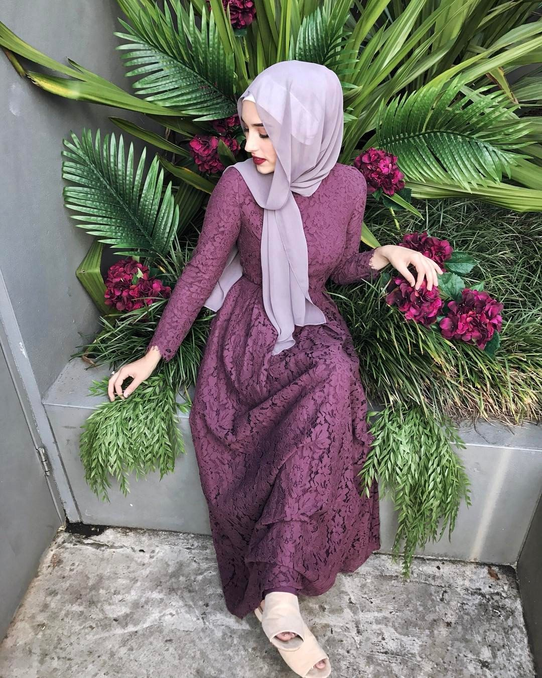 Hijab House On Instagram Command All The Colour In The World Plum Lace Maxi Available Online And Instore Inst Hijab Fashion Soiree Dress Muslim Fashion