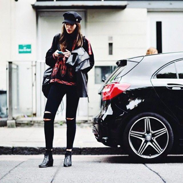 Shop+the+Best+Street+Style+Looks+From+London+Fashion+Week+via+@WhoWhatWear