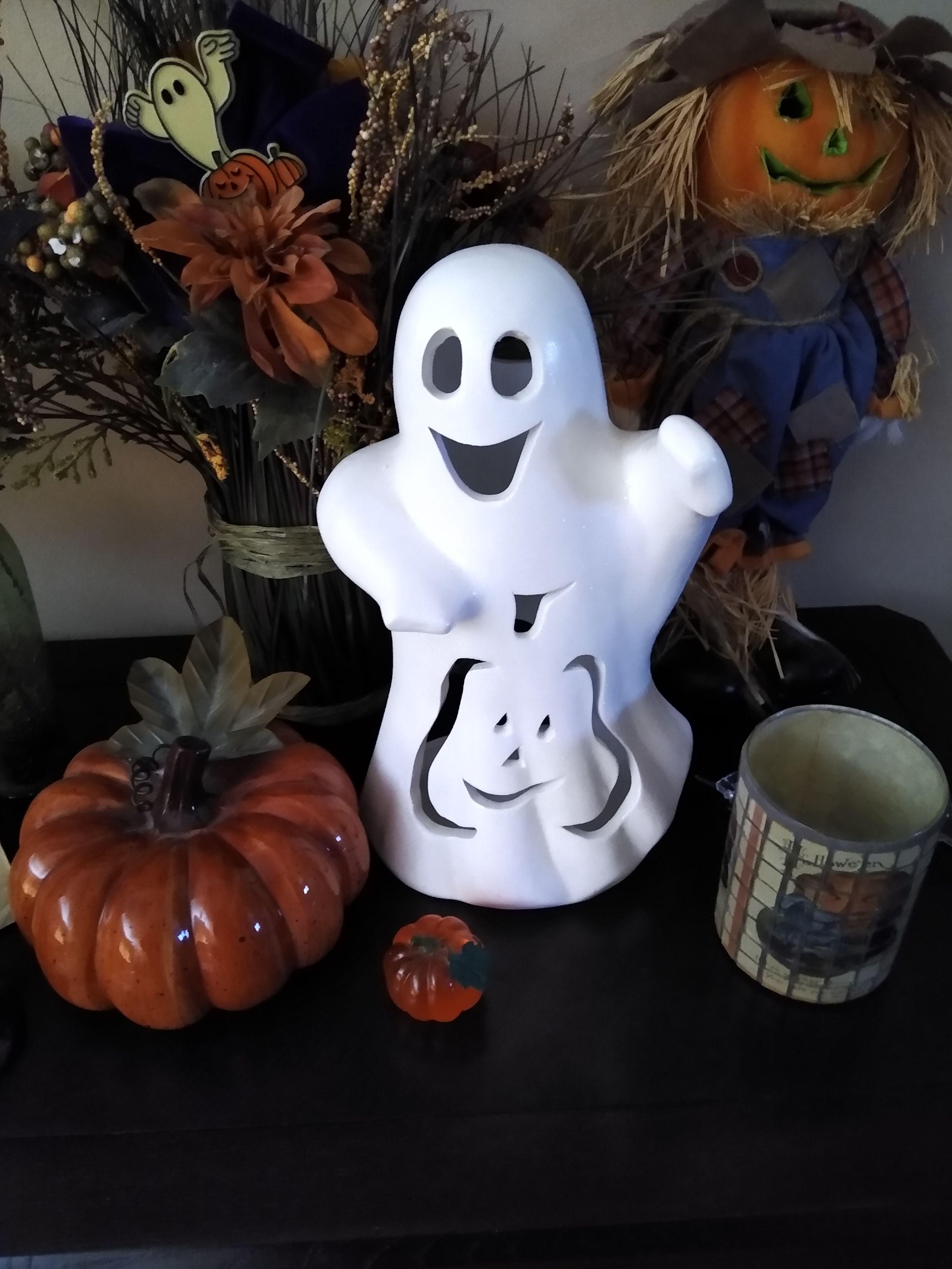 Halloween display 2019 Halloween displays, Halloween