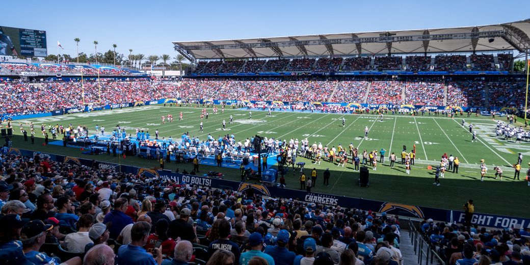 How Much Does It Cost To Attend A Los Angeles Chargers Game Chargers Game Los Angeles Travel
