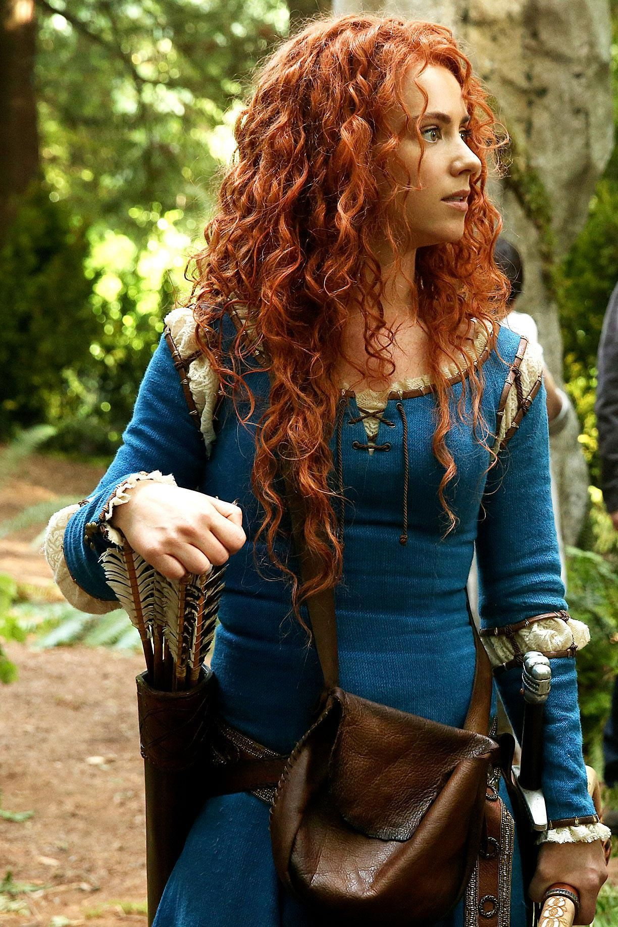 Once Upon A Time Saison 5 en 2019 Merida cosplay, Robe