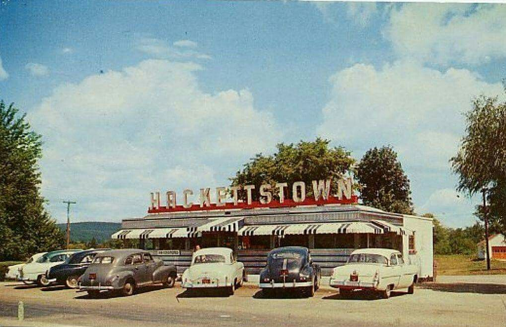 The Hackettstown Nj Diner It Was A Classic Old New Jersey Diner The Place Went Though A Succession Of Owners Befo Hackettstown Washington Township Old Pictures