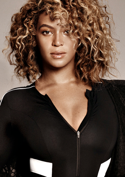 Beyonce In 2019 Beyonce Curly Hair Short Curly Hair