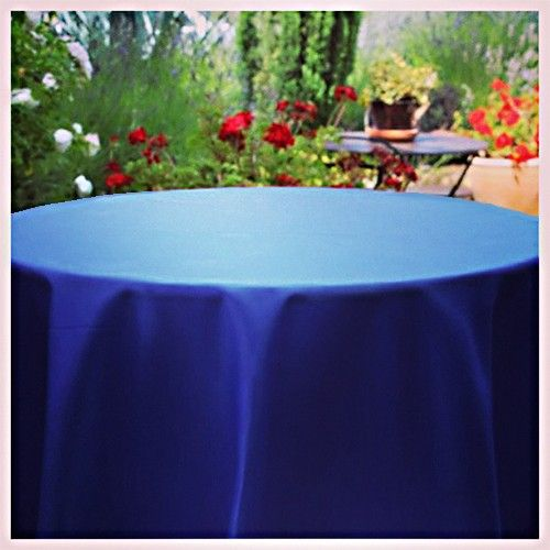 Duchess Satin Dupioni Oval Tablecloths Make A Versatile Look For All Events  | Premier Table Linens