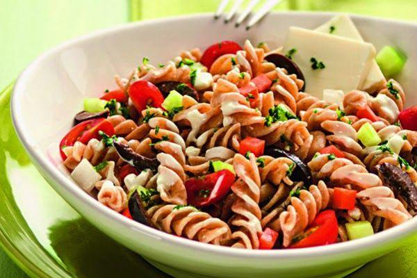 Salada de Fusilli: Experimente! Veja ⬇⬇⬇ http://goo.gl/fZmVNS