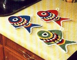 مفارش صغيرة في المطبخ Crochet For Kitchen Crochet Fish Crochet Hot Pads Crochet Applique
