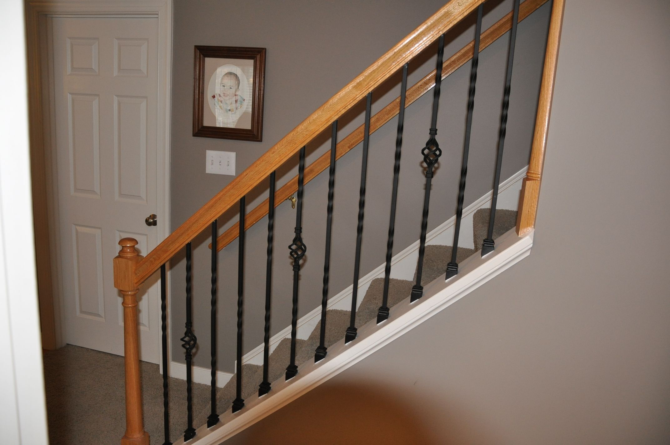 Single Baskets And Twists Iron Stair Railing