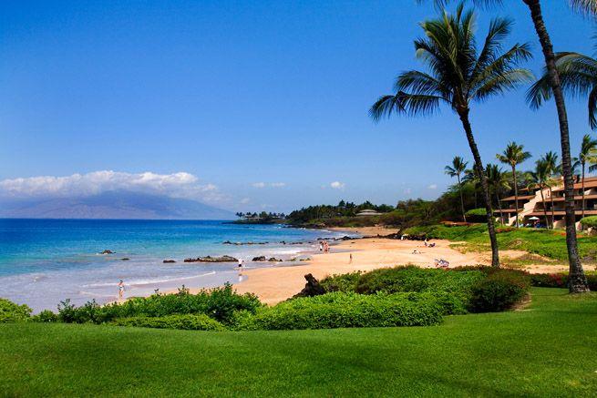 This Is Where I Got Married Makena Beach At Makena Surf Maui Hi Amazingly Beautiful And One Of My Favorite Maui Vacation Rentals Maui Resorts Maui Vacation