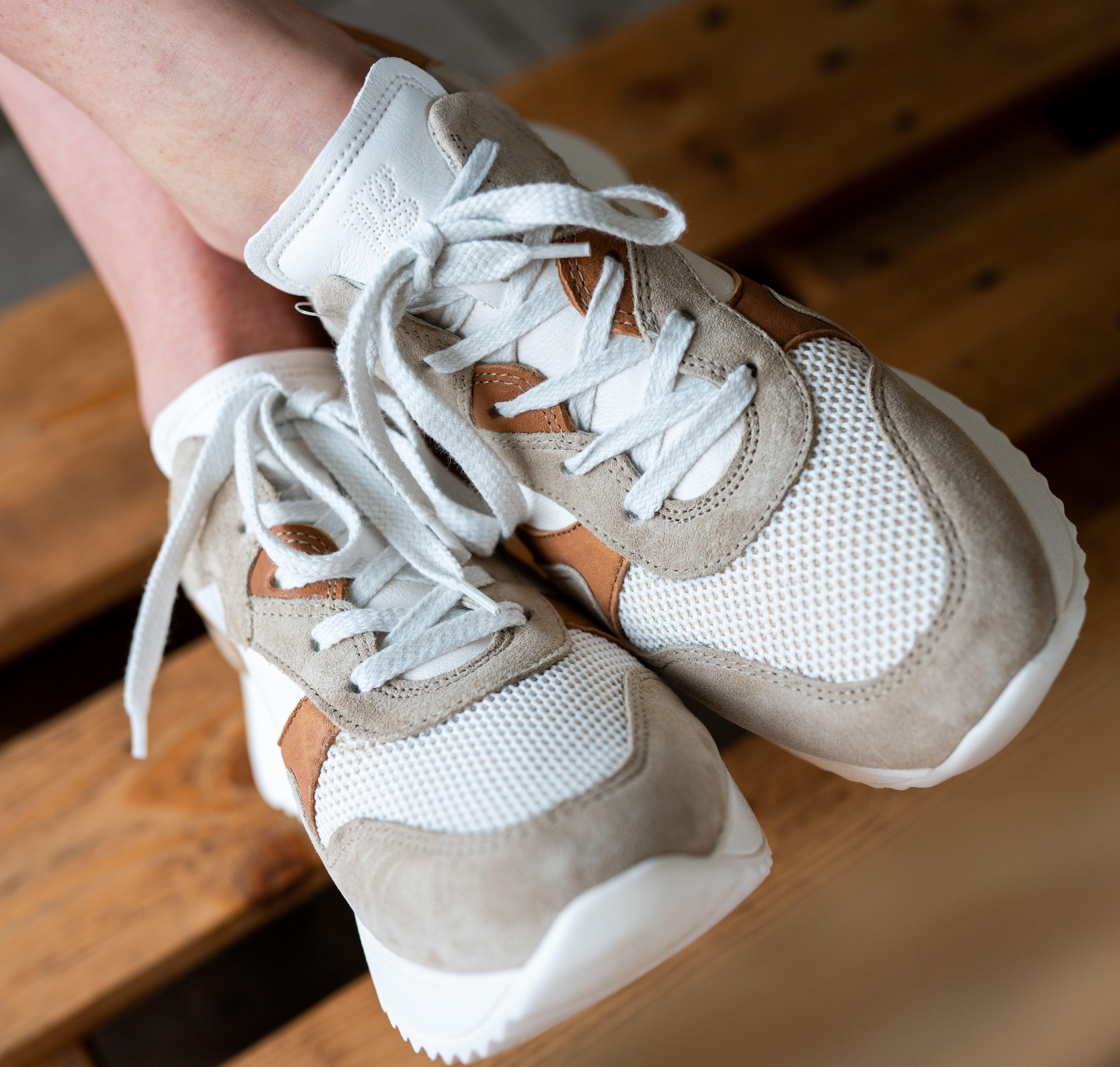Leder Sneaker von Paul Green in beige, ocker & weiß in 2020