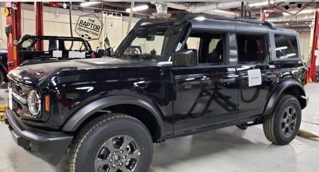 The 2021 Ford Bronco Debuts On July 9th O J Simpson S Birthday In 2020 Ford Bronco Bronco Sports Ford Bronco 4 Door