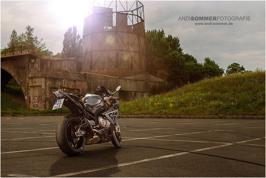 Photogenic BMW S1000RR