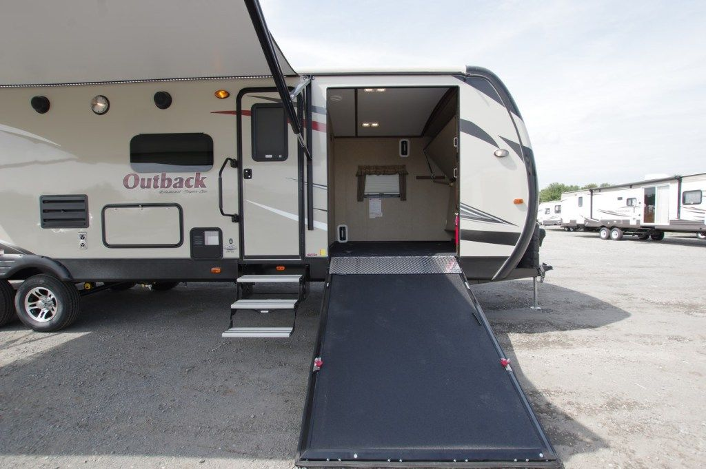 2013 2017 Lakeshore Rv Toy Haulers For Sale Rv For Sale