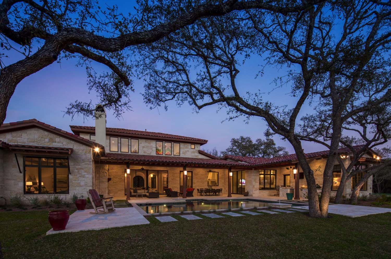 Mediterranean Inspired Home Meets Texas Hill Country Modern Mediterranean Homes Exterior Mediterranean Homes Mediterranean Architecture