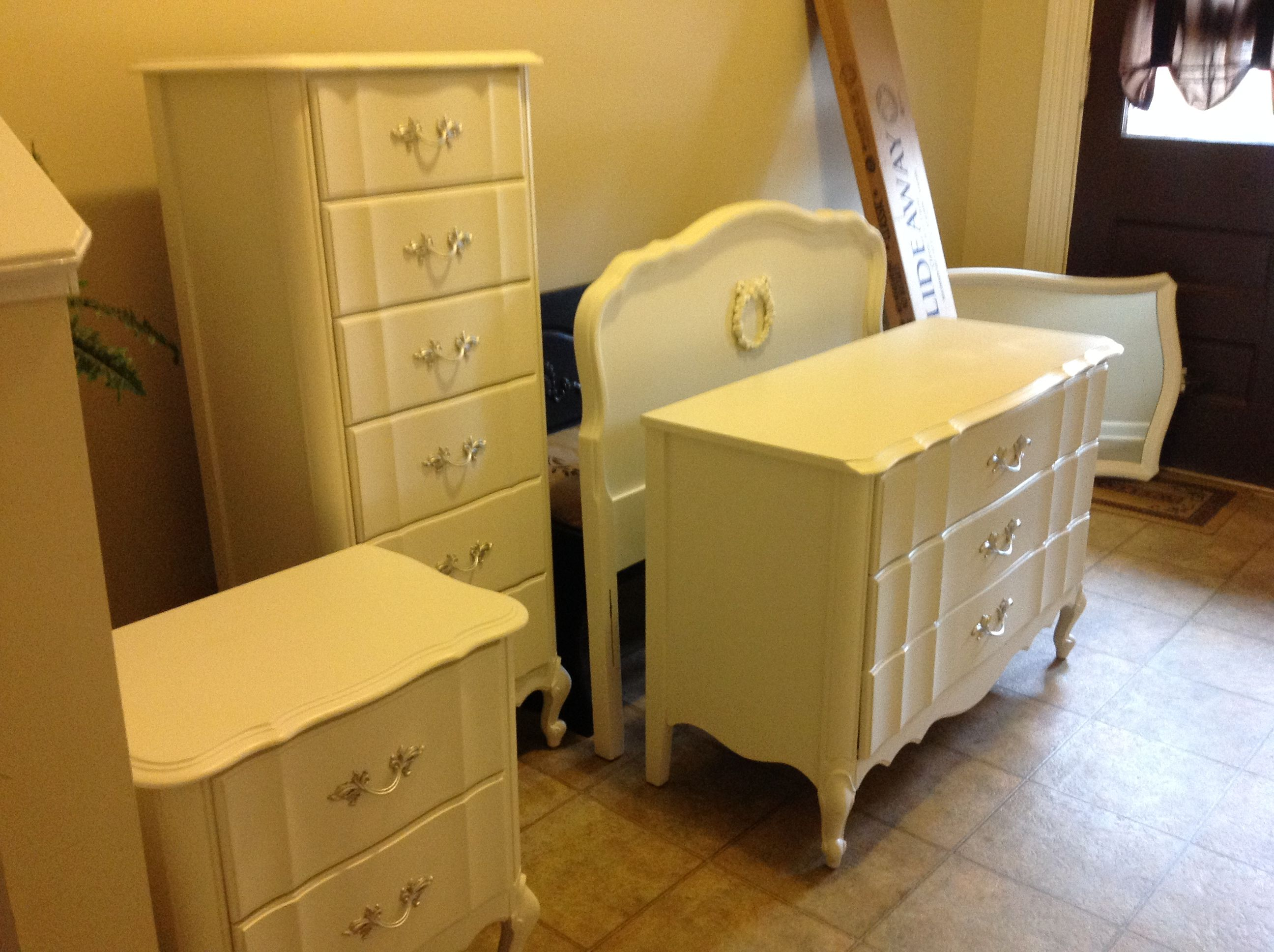 painted french provincial bedroom set for the home pinterest