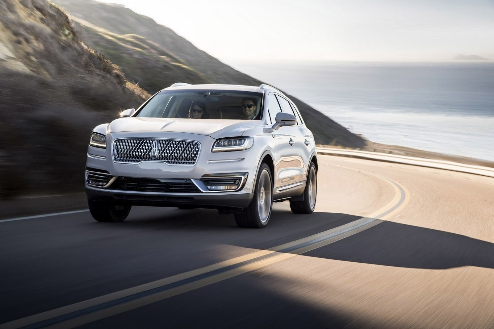 2020 Lincoln MKS Spy Photos Ratings
