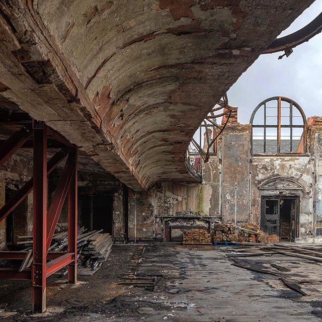 #abandonedplaces #abandonded #derelict #architecture