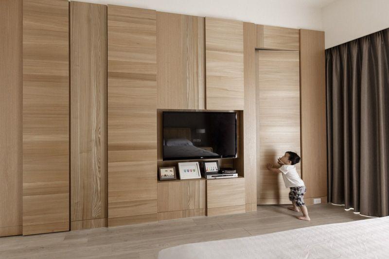 Partidesign Creates Spacious Open Concept Apartment Using