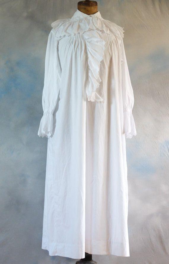 French ladies Victorian nightgown, nightie, chemise, night dress ...
