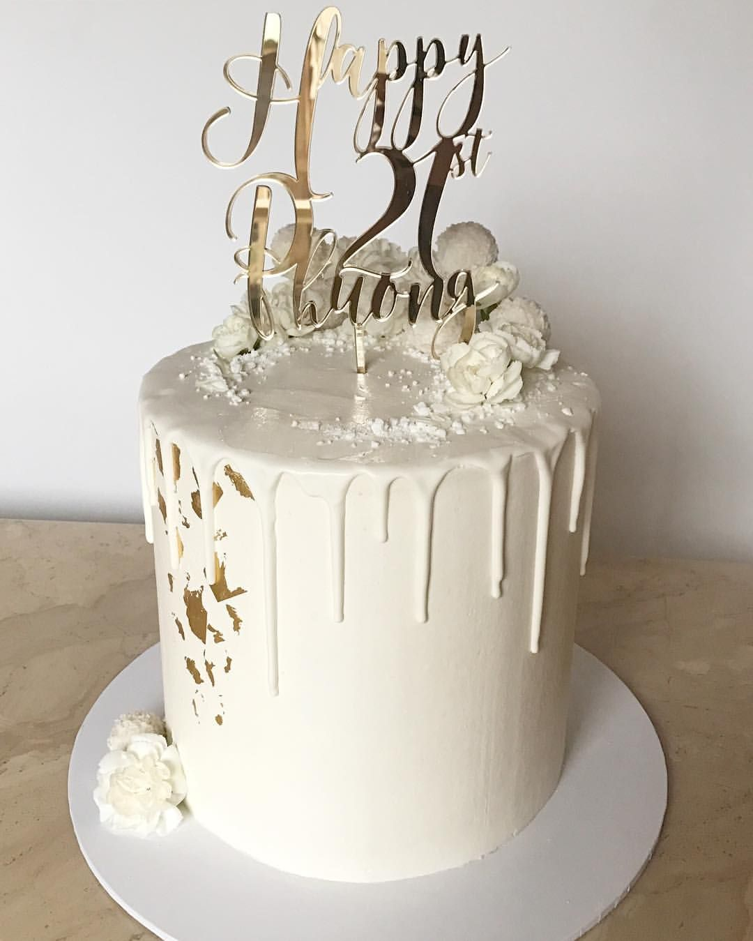 47 likes 8 comments baked envy cakes baked_envy on