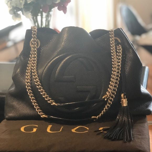4f02855902de Gucci Soho Medium Shoulder Tote Bag Condition : used , mind condition. This  bag comes