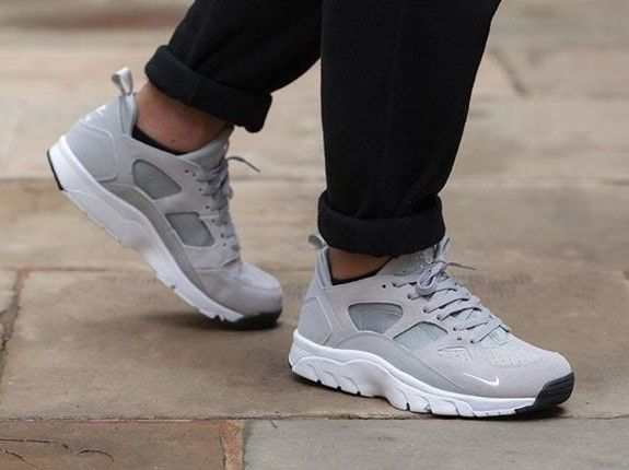 timeless design ae082 4f5ed Nile Huarache Trainer low // Grey | on the good foot | Nike ...