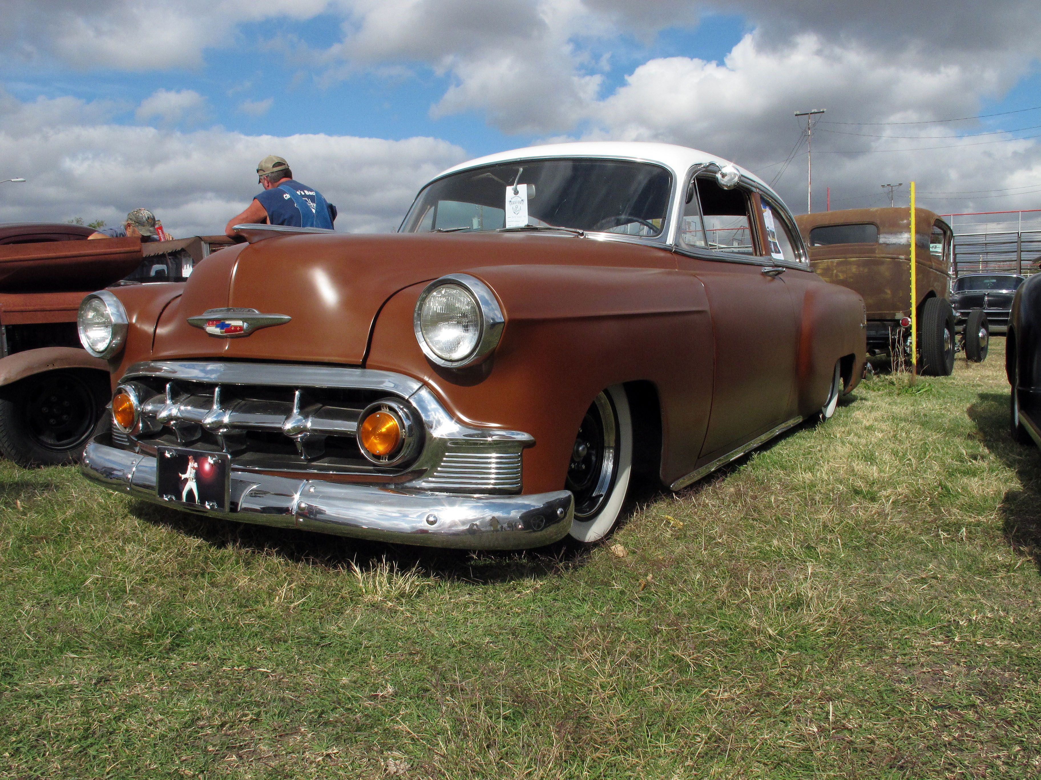 Classic Car: cool brown 1950s Chevy with a white top, Pistons ...