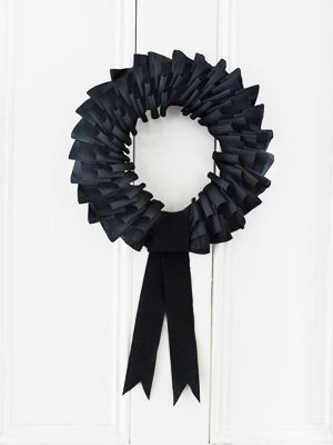 Black wreath black halloween crafts wreath halloween pictures happy halloween halloween images halloween crafts halloween ideas halloween craft ideas