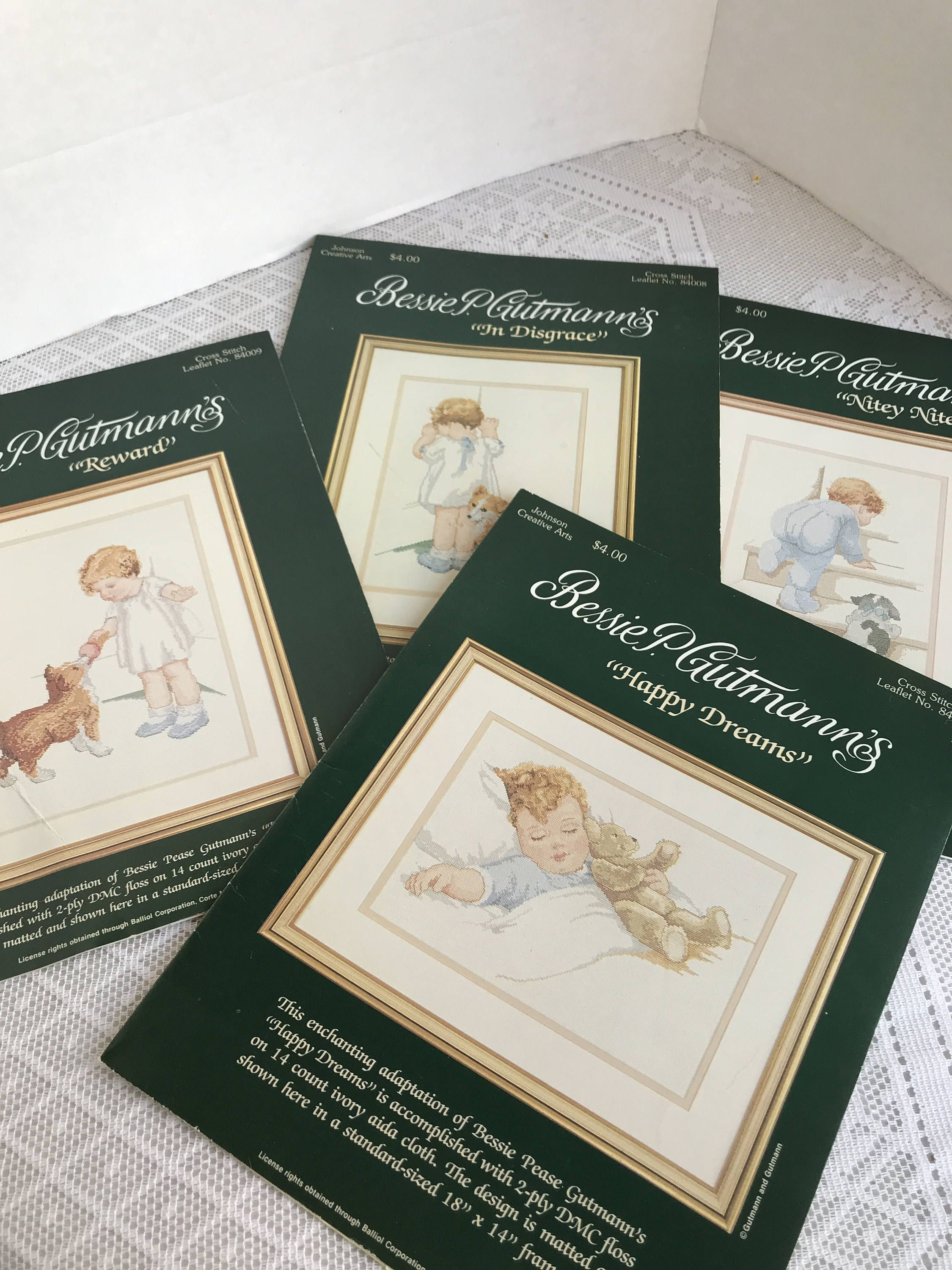 Bessie Pease Gutmann/'s Everything Easier with Help Counted Cross Stitch Pattern