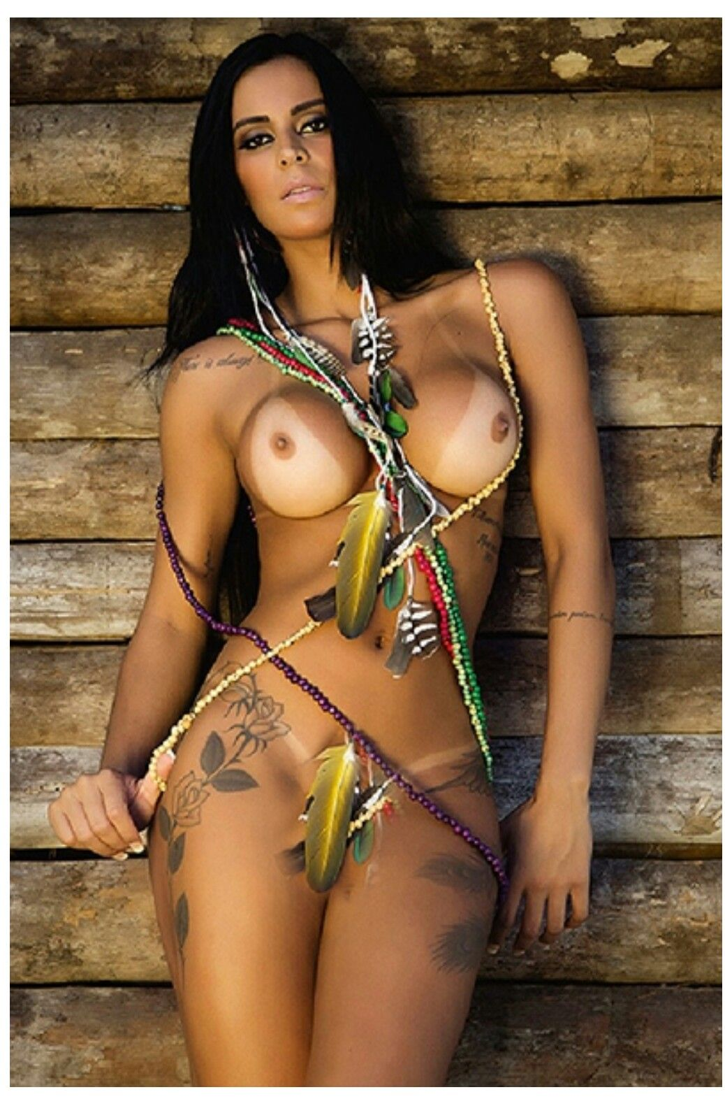 sexi naked tanned brunettes