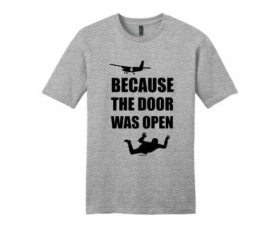 Mens Funny Free Fall T-Shirt Parachuting Skydiver Skydive Give Up Skydiving