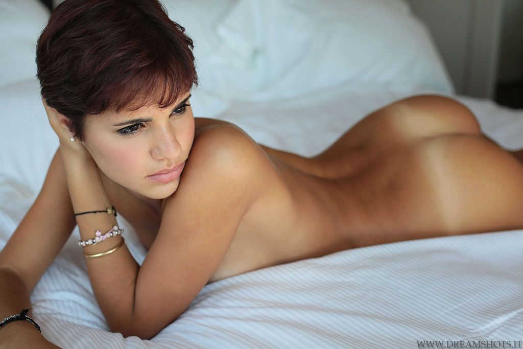 hot girls naked in tan bed