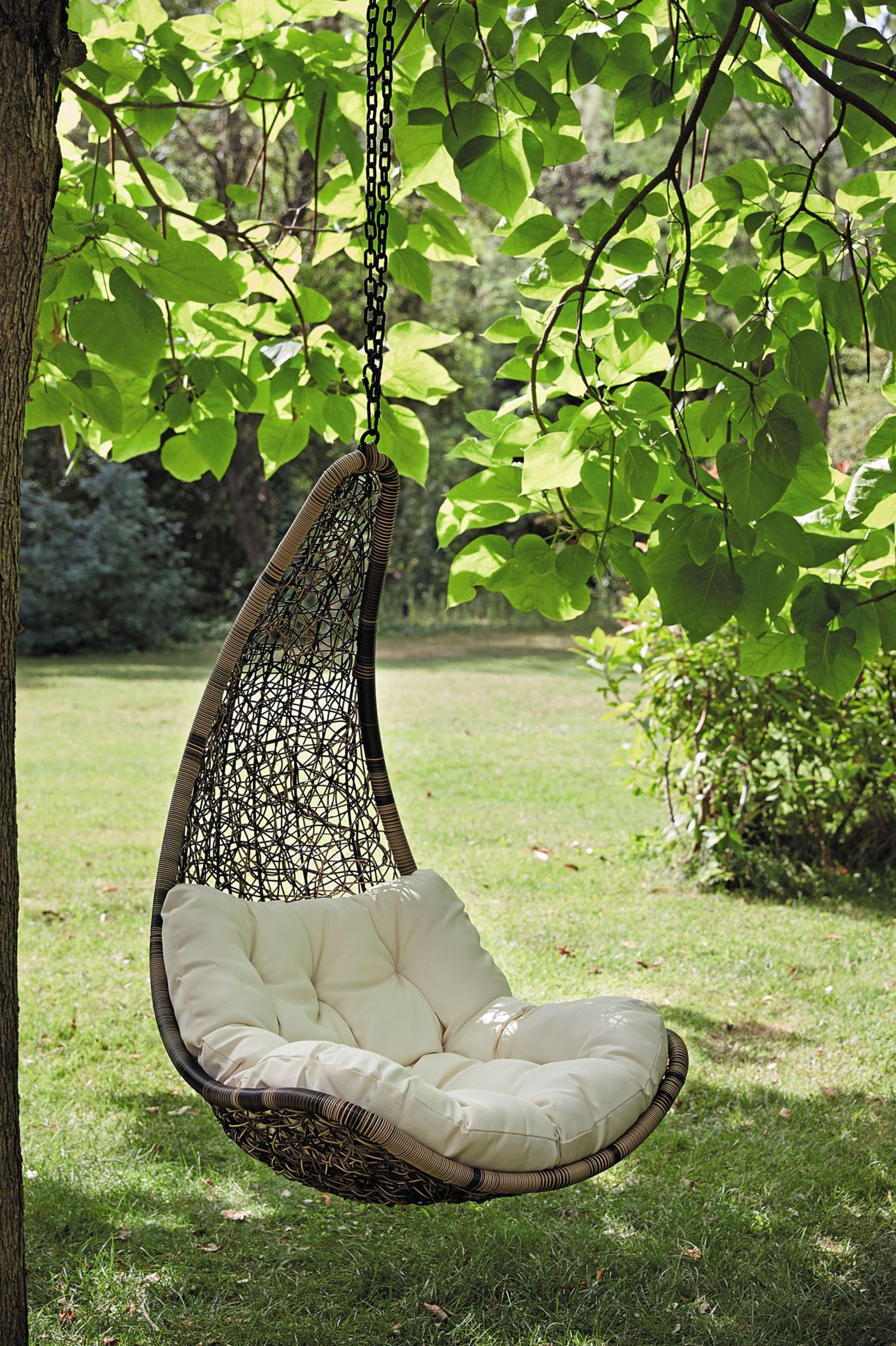 fauteuil de jardin suspendu balancelle hanging chairs hanging chair and rattan. Black Bedroom Furniture Sets. Home Design Ideas