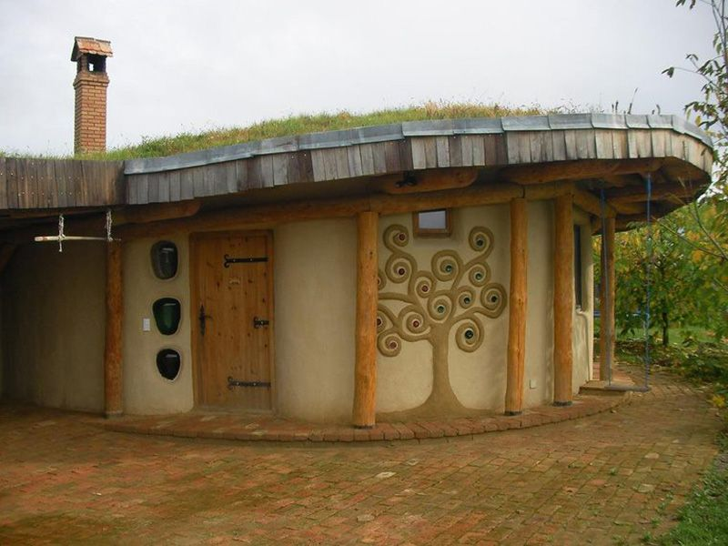 Building With Straw Busting The Biggest Strawbale Myths Natural